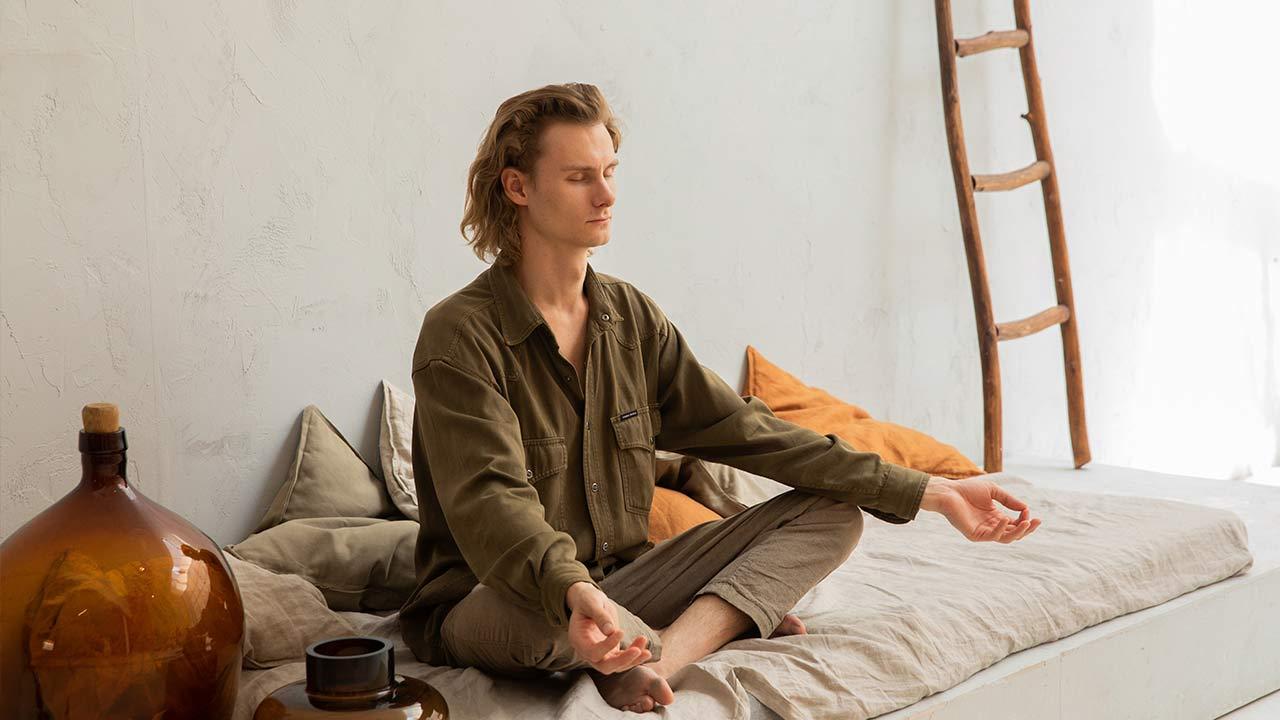 meditar de manhã